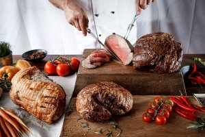 RFT8271 1 300x200 Gourmet Spit Roast